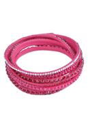 www.sayila.fr - Bracelet wrap imitation daim avec strass et fermoir de bouton-pression en métal, à longueur réglable ± 36-39x1,3cm (largeur intérieure ± 17-18cm) - 34997